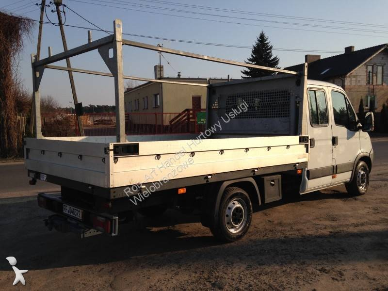 utilitaire ch ssis cabine iveco daily 35s14d 4x2 occasion n 1931995. Black Bedroom Furniture Sets. Home Design Ideas