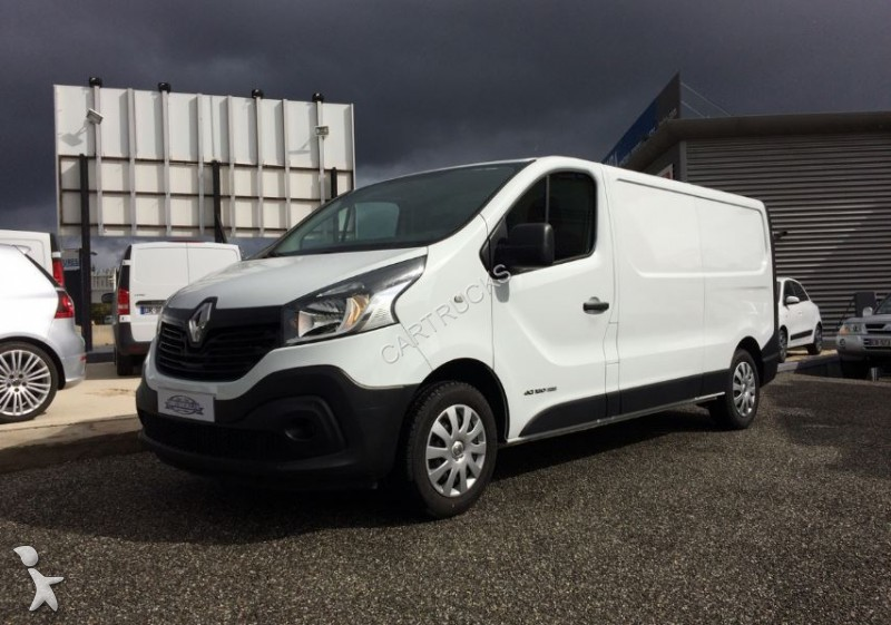 fourgon utilitaire renault trafic iii fg l2h1 1200 1 6 dci 120ch energy grand confort occasion. Black Bedroom Furniture Sets. Home Design Ideas