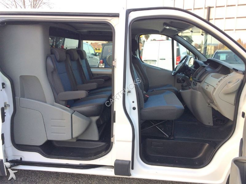 fourgon utilitaire renault trafic ii fg l1h1 1000 2 0 dci. Black Bedroom Furniture Sets. Home Design Ideas