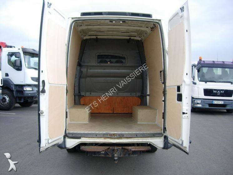 fourgon utilitaire iveco daily 35c12v12 occasion n 2222319. Black Bedroom Furniture Sets. Home Design Ideas