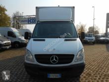 Voir les photos Véhicule utilitaire Mercedes 311