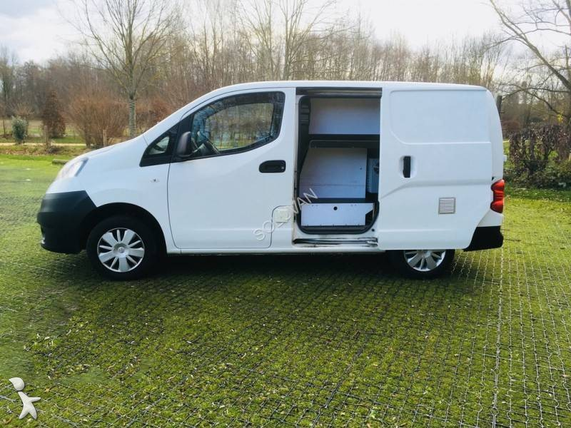 fourgon utilitaire occasion nissan nv200 1 5 dci 90 gazoil annonce n 2427594. Black Bedroom Furniture Sets. Home Design Ideas