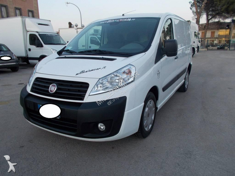 fourgon utilitaire occasion fiat scudo 2 0 mjt 130cv 2012 euro5 annonce n 2452622. Black Bedroom Furniture Sets. Home Design Ideas