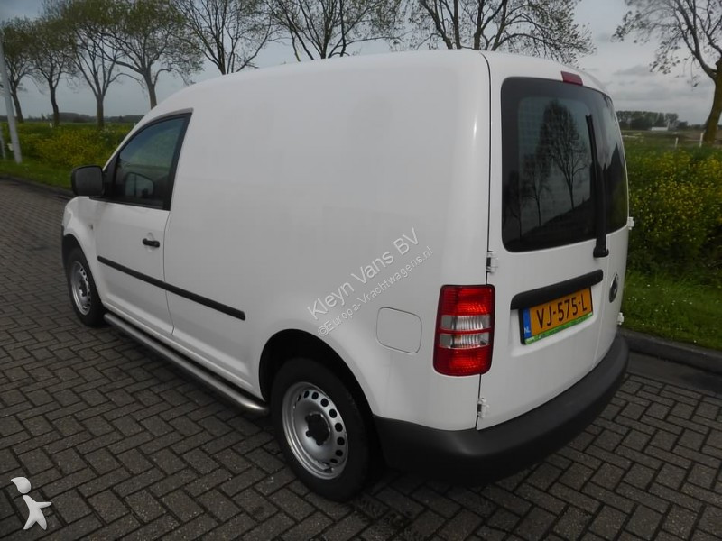 fourgon utilitaire volkswagen caddy 1 6 tdi gazoil occasion n 2457575. Black Bedroom Furniture Sets. Home Design Ideas