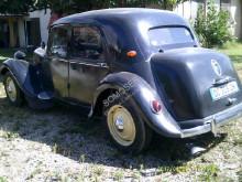 Voir les photos Véhicule utilitaire Citroën Traction 11BL