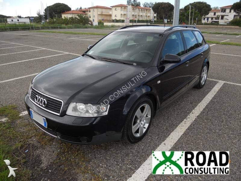 voiture audi break a4 avant 2 5 tdi gazoil occasion n 983422. Black Bedroom Furniture Sets. Home Design Ideas