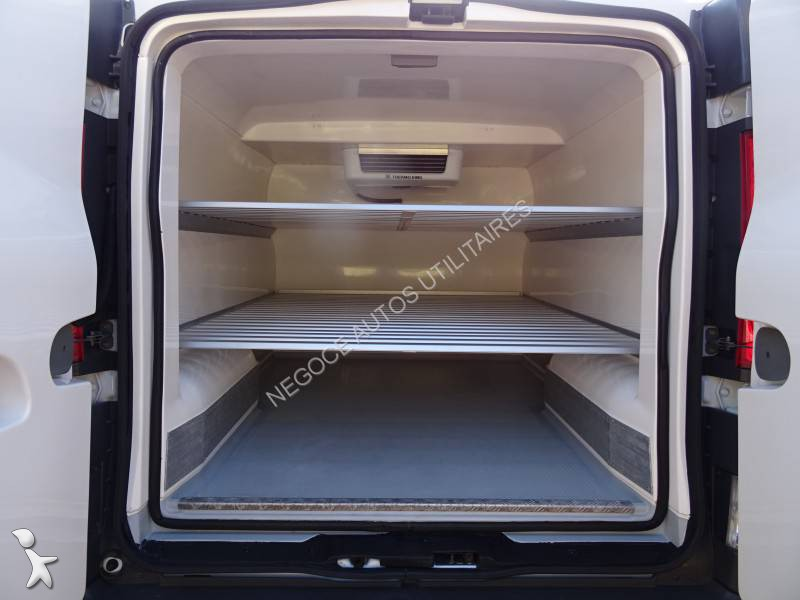 utilitaire frigo caisse positive occasion renault trafic. Black Bedroom Furniture Sets. Home Design Ideas