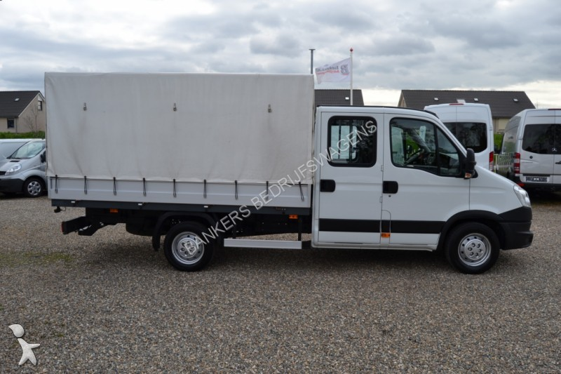 used iveco daily chassis cab 35 s 15 pick up dubbele cabine huifopbouw n 1647316. Black Bedroom Furniture Sets. Home Design Ideas