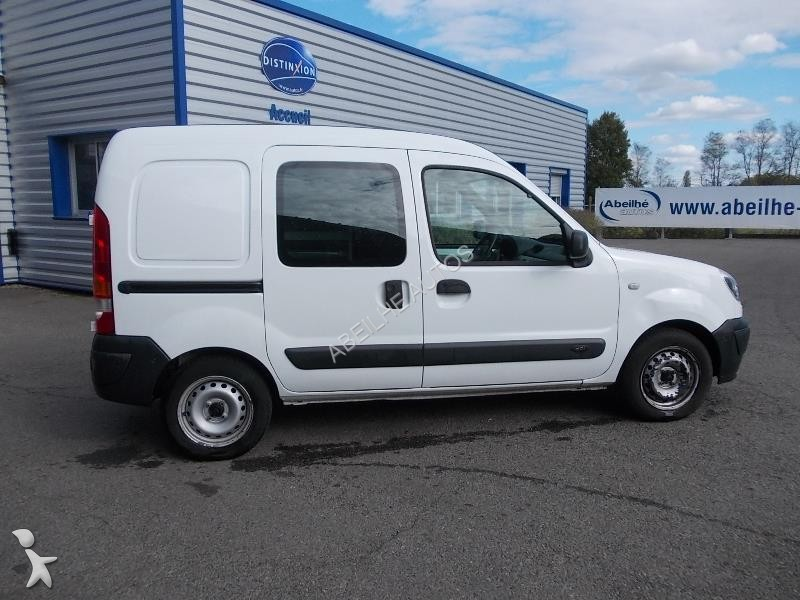fourgon utilitaire renault kangoo 1 5 dci 70 confort occasion n 1979013. Black Bedroom Furniture Sets. Home Design Ideas