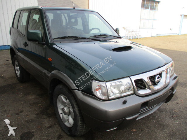 v hicule utilitaire nissan terrano 2 7 tdi airco occasion n 2130046. Black Bedroom Furniture Sets. Home Design Ideas