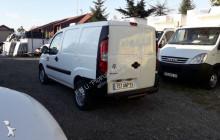 Voir les photos Véhicule utilitaire Fiat DOBLO CHŁODNIA 1,3 JTD
