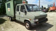 Voir les photos Véhicule utilitaire Peugeot POSTE DE SECOURS MOBILE