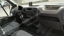Voir les photos Véhicule utilitaire Renault MASTER 125.35 FG L2 H2 EURO 5
