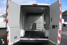 Voir les photos Véhicule utilitaire Peugeot