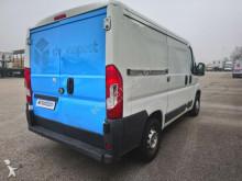 Voir les photos Véhicule utilitaire Peugeot Fg 330 L1H1 2.2 HDi 110 Confort