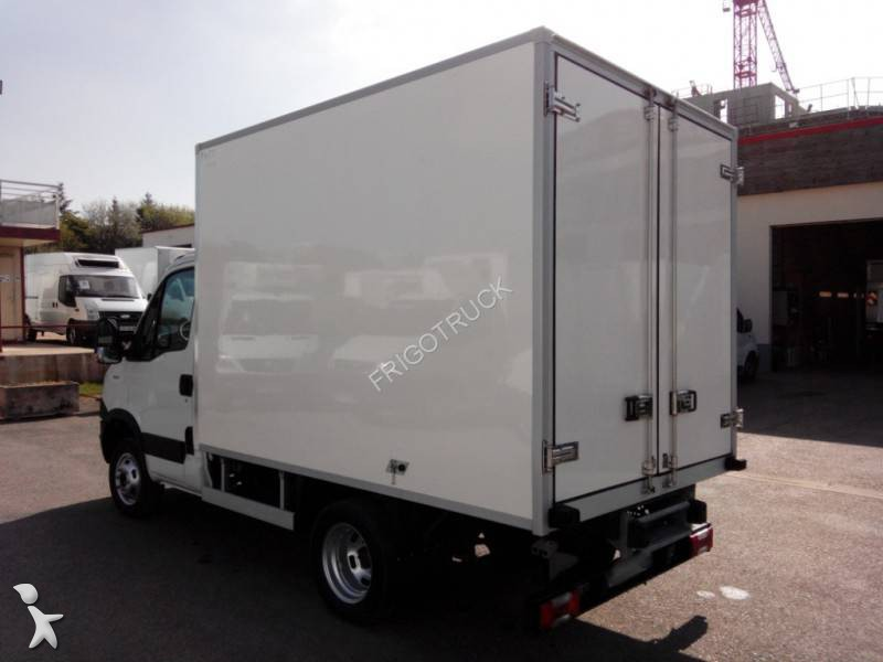 utilitaire frigo occasion iveco daily 35c13 annonce n. Black Bedroom Furniture Sets. Home Design Ideas