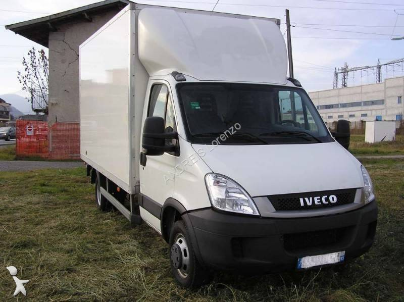 fourgon utilitaire iveco daily 35c15 occasion n 1842540. Black Bedroom Furniture Sets. Home Design Ideas