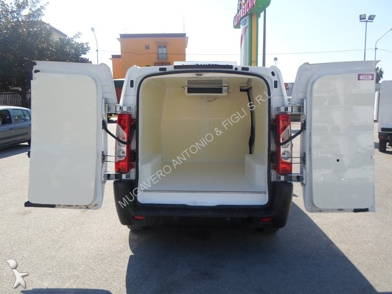 utilitaire frigo fiat scudo occasion n 1885778. Black Bedroom Furniture Sets. Home Design Ideas