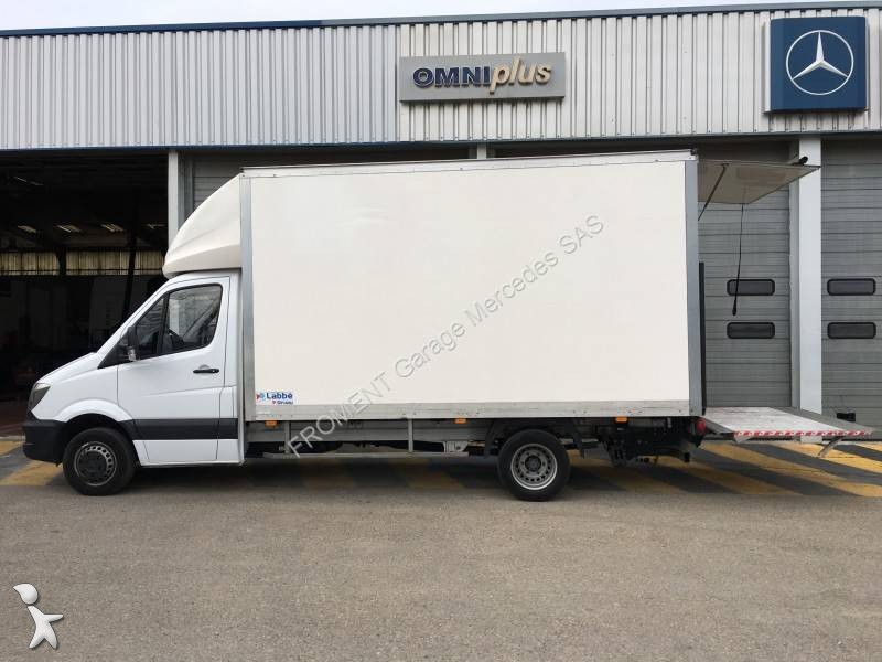 Utilitaire caisse grand volume mercedes sprinter 513 cdi for Garage mercedes utilitaire