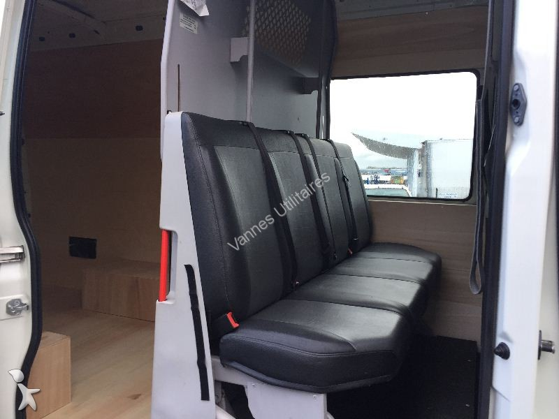 fourgon utilitaire iveco daily fg 35c13v12 7 places cabine. Black Bedroom Furniture Sets. Home Design Ideas