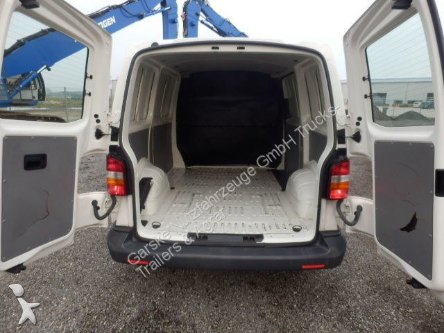 fourgon utilitaire volkswagen t5 transporter 1 9 tdi occasion n 1941195. Black Bedroom Furniture Sets. Home Design Ideas