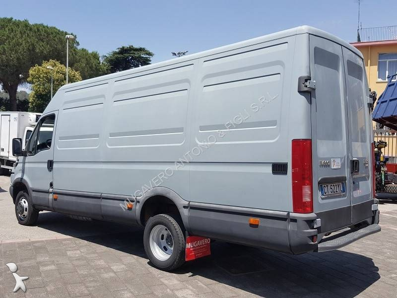 fourgon utilitaire iveco daily 35c14 occasion n 2055747. Black Bedroom Furniture Sets. Home Design Ideas