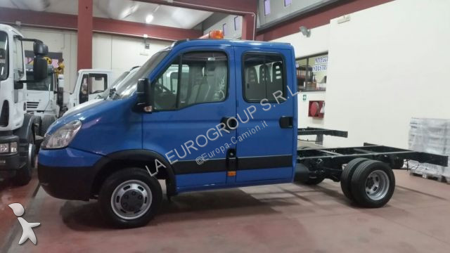 Carrinha comercial chassis cabina iveco daily 35c15 doppia cabina usada n 2310496 - Iveco daily chasis cabina ...