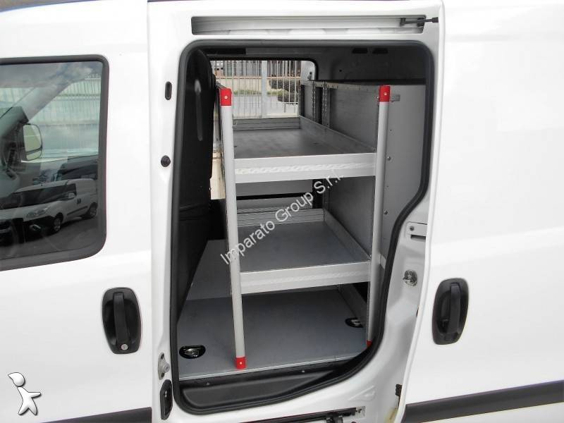 fourgon utilitaire fiat doblo cargo 1 3 mjt occasion n 1930920. Black Bedroom Furniture Sets. Home Design Ideas