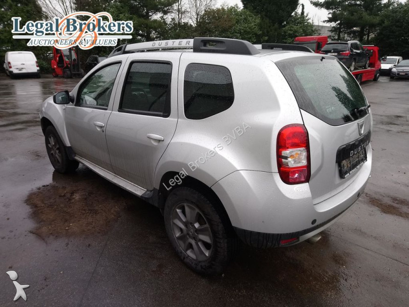 voiture dacia 4x4 suv duster 1 5 dci stationwagen occasion n 2506953. Black Bedroom Furniture Sets. Home Design Ideas