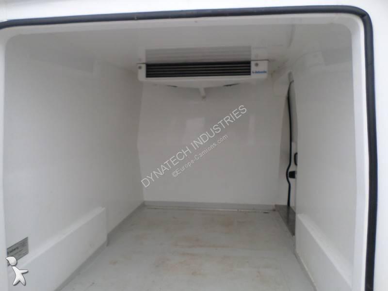 utilitaire frigo occasion peugeot expert l1h1 hdi annonce n 2533064. Black Bedroom Furniture Sets. Home Design Ideas