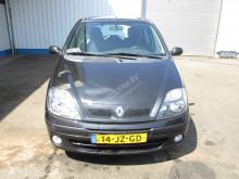 Voir les photos Véhicule utilitaire Renault 1,6 / 16 V , Airco