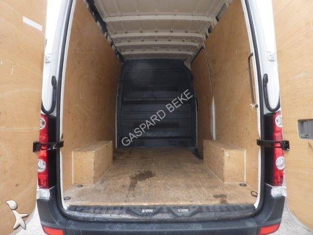 fourgon utilitaire volkswagen crafter gazoil occasion n 2012898. Black Bedroom Furniture Sets. Home Design Ideas