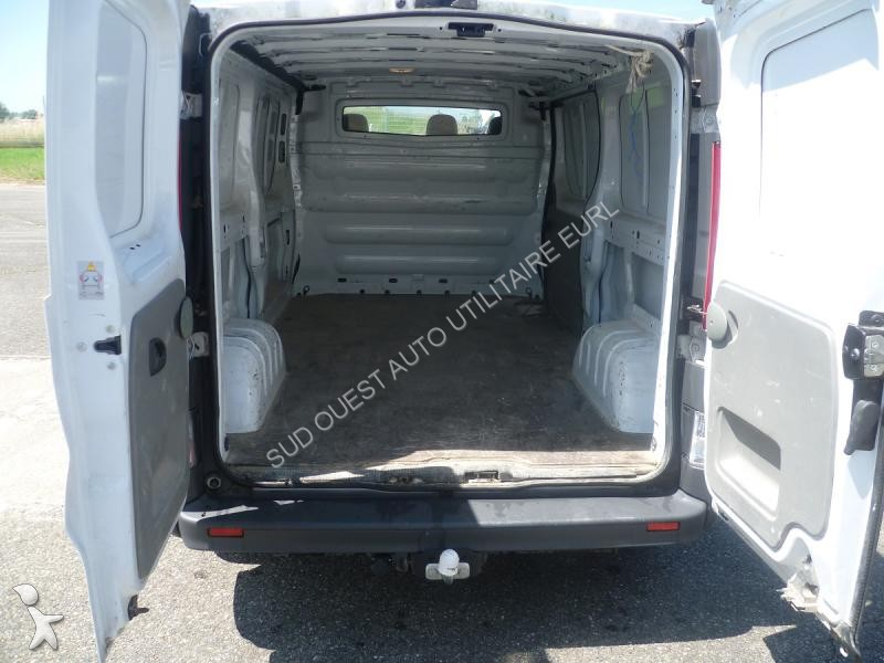 fourgon utilitaire renault trafic l2h1 dci115 occasion n. Black Bedroom Furniture Sets. Home Design Ideas