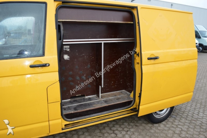 fourgon utilitaire volkswagen transporter t5 2 5tdi 131pk 4 motion l1h1 a c 4x4 occasion n 2053556. Black Bedroom Furniture Sets. Home Design Ideas