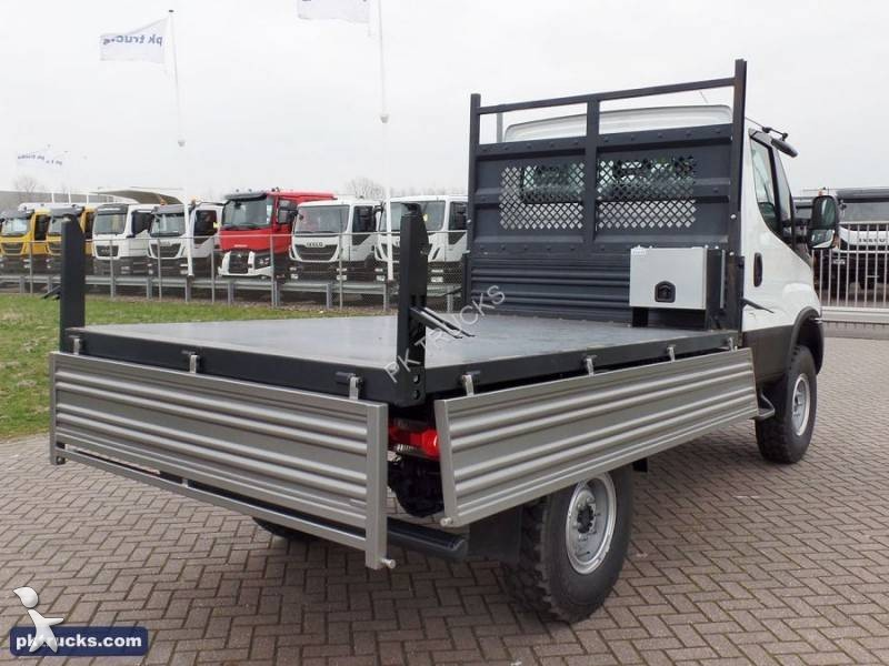 utilitaire plateau iveco ridelles daily 55s17w 4x4 neuf. Black Bedroom Furniture Sets. Home Design Ideas