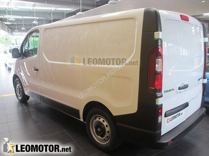 utilitaire frigo renault trafic l1h1 2 0l dci 115 cv neuf. Black Bedroom Furniture Sets. Home Design Ideas