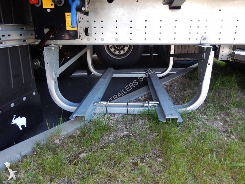 Vedere le foto Ricambio per autocarri Schmitz Cargobull porte roue de secours SCHMITZ