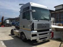 repuestos para camiones MAN TRATTORE MAN RIBASSATO 480 MOTORE CAMBIO MANUALE INTARDER