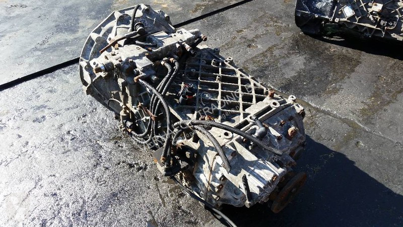 Voir les photos Pièces détachées PL ZF 16S181