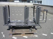 Volvo Fuel tank brackets