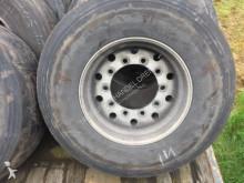 колесо / покрышка не указано
