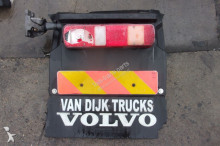 repuestos para camiones Volvo FH Fixations NADKOLE BŁOTNIK PRAWY MOCOWANIE pour tracteur routier FM 13