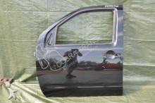 Nissan Porte pour minibus D40 06R