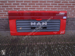 MAN GRILLE / FRONT GRILLE