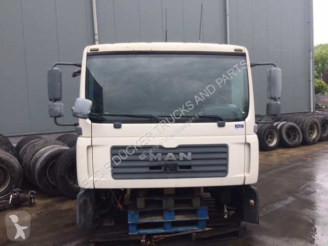 View images MAN SLEEP CABIN truck part