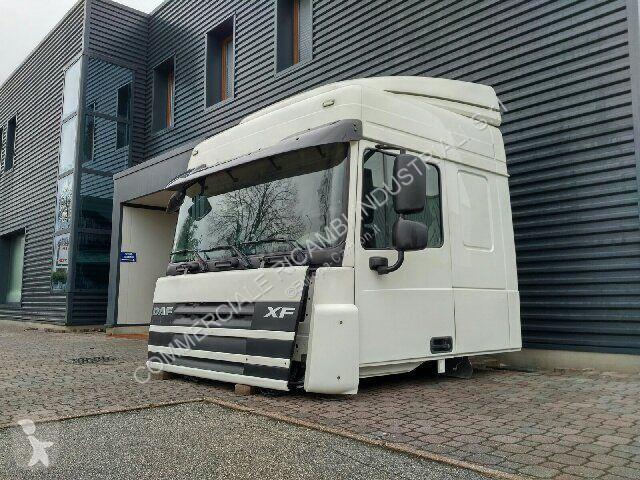 Voir les photos Pièces détachées PL DAF Medium Roof Sleeper Cab