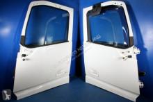 pièces détachées PL Volvo Porte RH 82183078 LH pour tracteur routier FH4