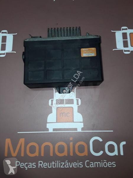 Voir les photos Pièces détachées PL Bosch Boîte de commande 0265150201 pour camion