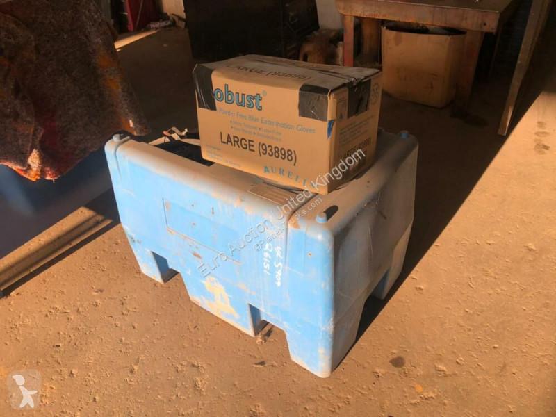 View images Nc Réservoir AdBlue Adblue Unit c/w Electric Pump pour camion truck part