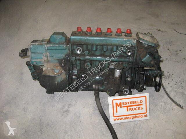 Voir les photos Pièces détachées PL Scania Réservoir de carburant  Brandstofpomp pour camion